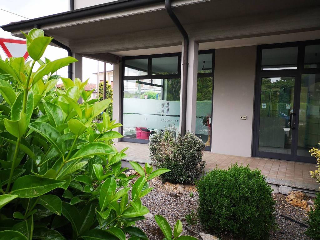 Negozio / Locale in affitto a Torbole Casaglia, 4 locali, prezzo € 750 | PortaleAgenzieImmobiliari.it