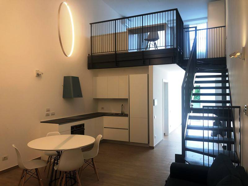 Appartamento in affitto a Sesto Calende, 2 locali, prezzo € 800 | CambioCasa.it