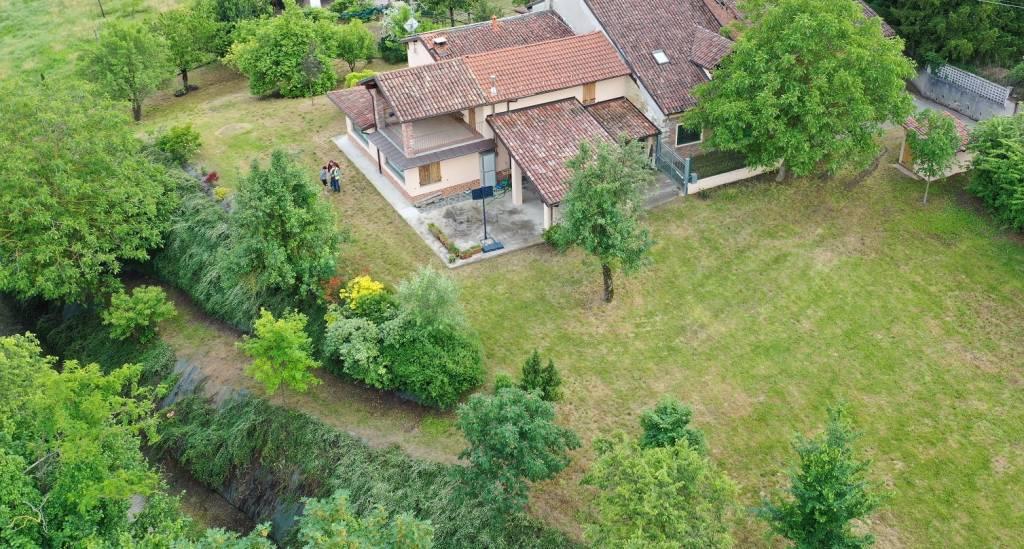 Rustico / Casale in vendita a Montemagno, 6 locali, prezzo € 320.000 | PortaleAgenzieImmobiliari.it