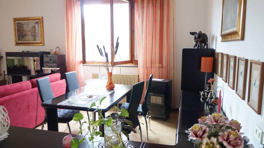 Appartamento in vendita a Cologno Monzese, 4 locali, prezzo € 270.000 | PortaleAgenzieImmobiliari.it