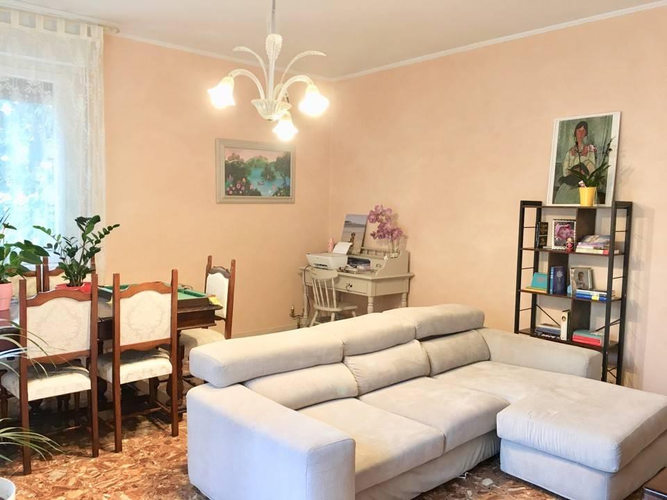 Appartamento in Vendita a Piacenza Centro: 3 locali, 120 mq