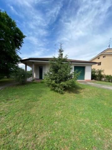 Villa in affitto a Castellucchio, 5 locali, prezzo € 650 | CambioCasa.it
