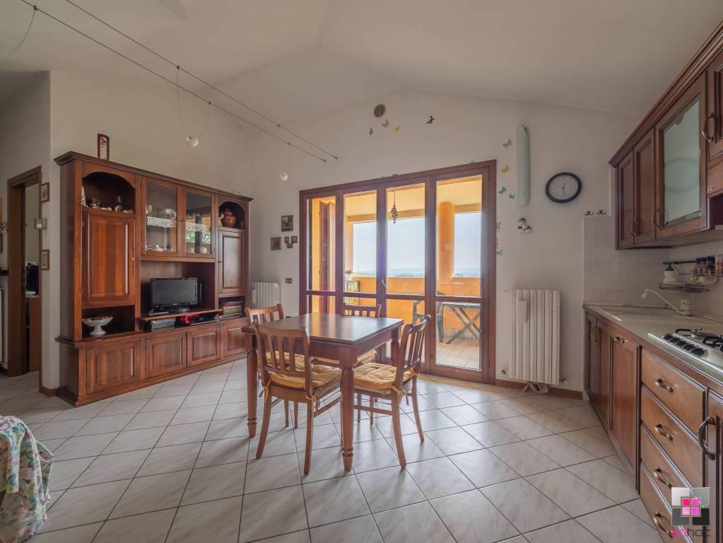 Appartamento in vendita a Fano, 3 locali, prezzo € 120.000 | CambioCasa.it