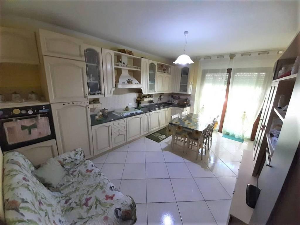 Appartamento in vendita a Latina, 3 locali, prezzo € 135.000 | PortaleAgenzieImmobiliari.it