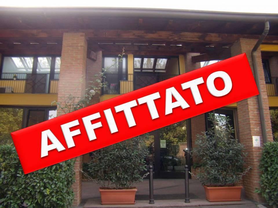 Appartamento in Affitto a Segrate: 1 locali, 50 mq