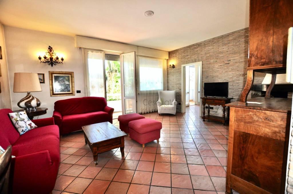 Appartamento in vendita a Cesenatico, 5 locali, prezzo € 390.000 | PortaleAgenzieImmobiliari.it