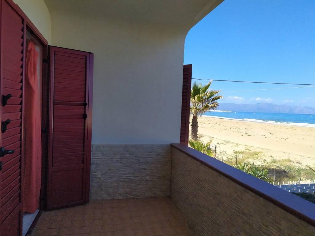 Appartamento in vendita a Balestrate, 3 locali, prezzo € 100.000 | CambioCasa.it