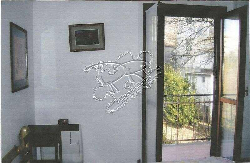 Appartamento in buone condizioni arredato in vendita Rif. 4342577