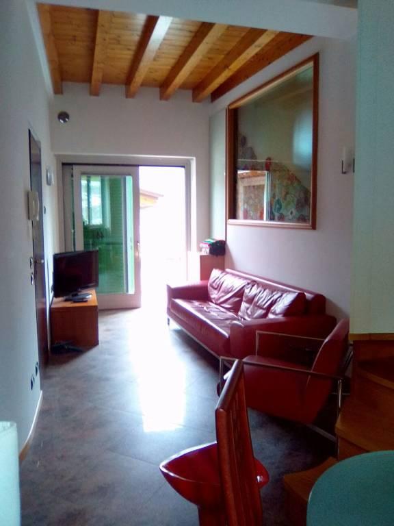 Appartamento in affitto a Albino, 2 locali, prezzo € 420 | PortaleAgenzieImmobiliari.it