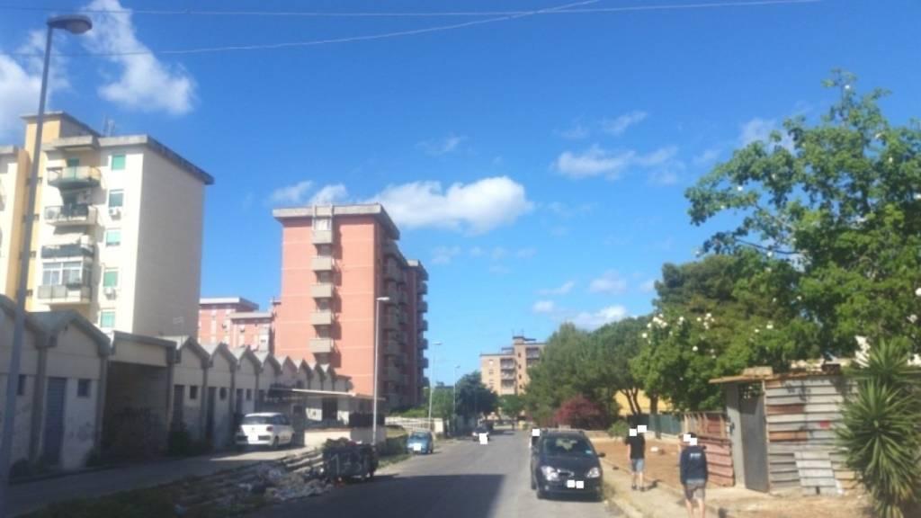 Appartamento in Vendita a Palermo Centro: 5 locali, 130 mq