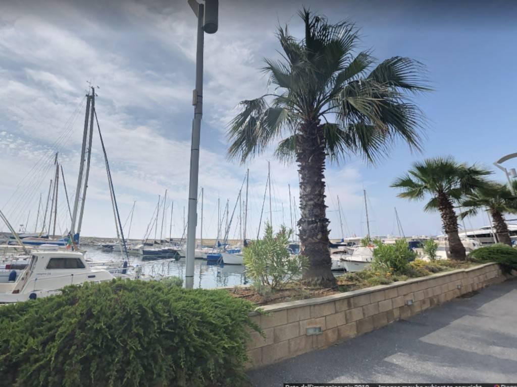 Appartamento in vendita a San Lorenzo al Mare, 2 locali, prezzo € 90.000 | CambioCasa.it
