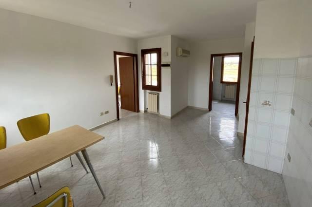 Appartamento in buone condizioni in vendita Rif. 5972999