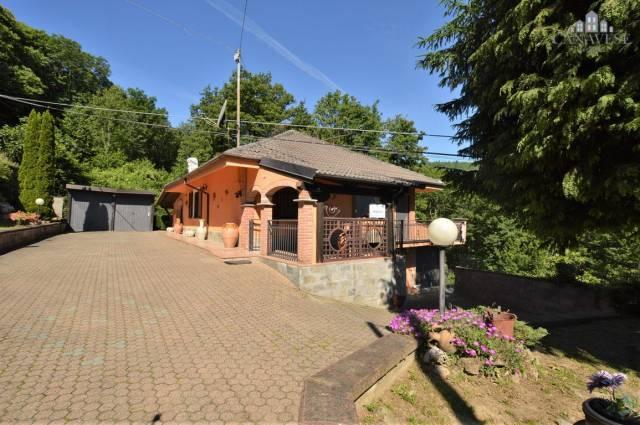 Villa in ottime condizioni in vendita Rif. 4924440