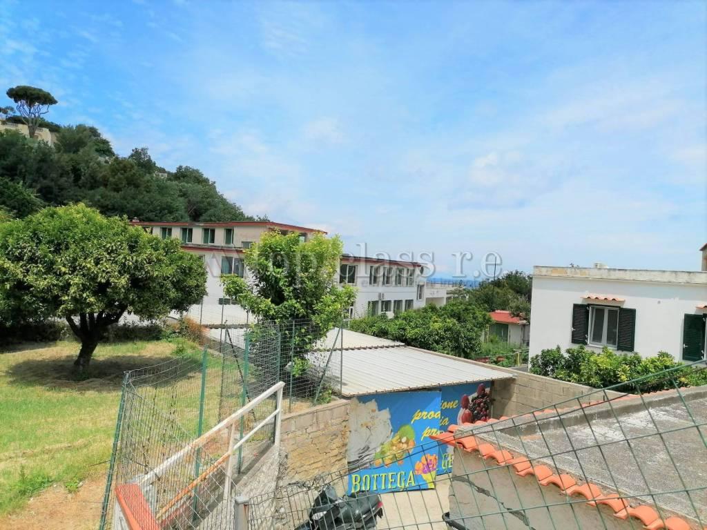 Appartamento in vendita a Casamicciola Terme, 3 locali, prezzo € 210.000 | CambioCasa.it