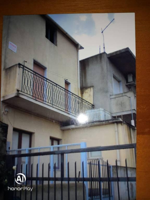 Appartamento in vendita a Caulonia, 3 locali, prezzo € 15.000 | CambioCasa.it