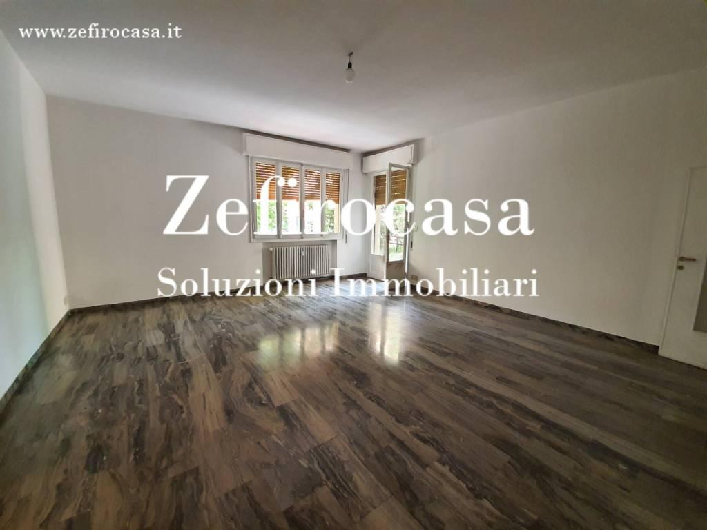 Appartamento in Affitto a Bologna Semicentro Ovest: 5 locali, 128 mq
