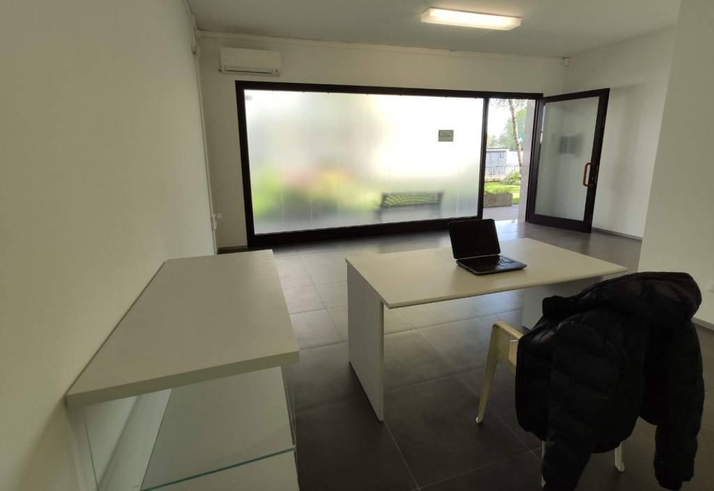 Ufficio / Studio in affitto a Camponogara, 2 locali, Trattative riservate   CambioCasa.it