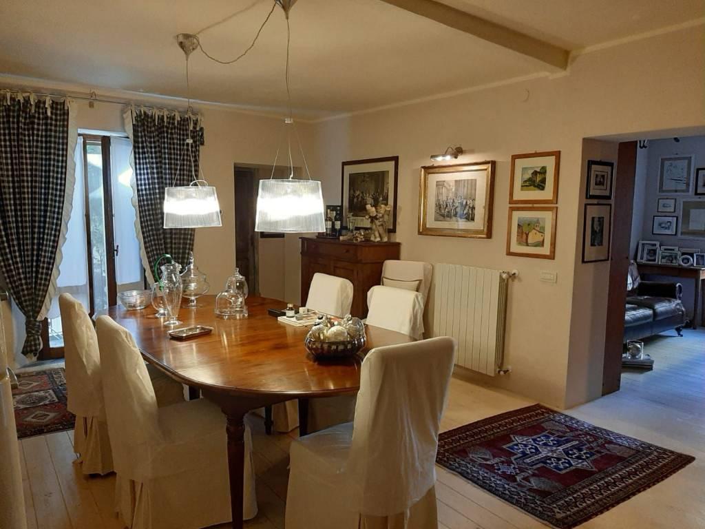 Appartamento in vendita a Massa Marittima, 3 locali, prezzo € 165.000 | CambioCasa.it