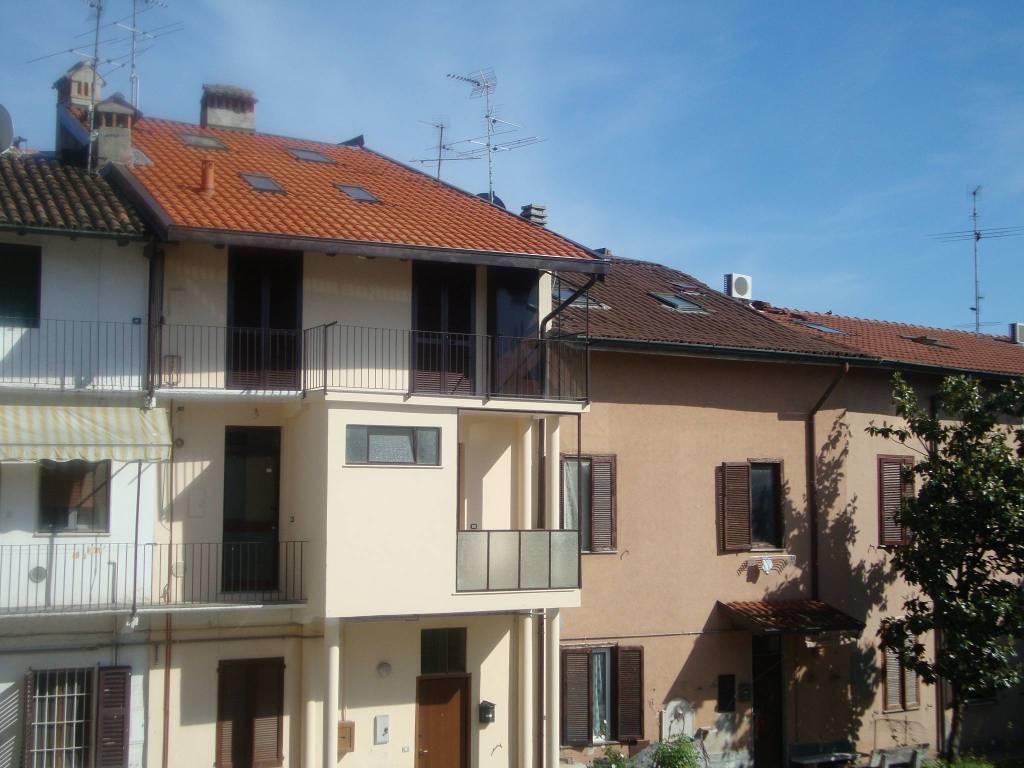 Appartamento in ottime condizioni in vendita Rif. 8231890