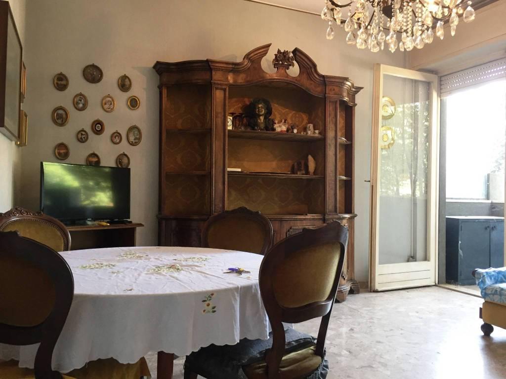 Appartamento in vendita a Castellanza, 3 locali, prezzo € 88.000 | CambioCasa.it