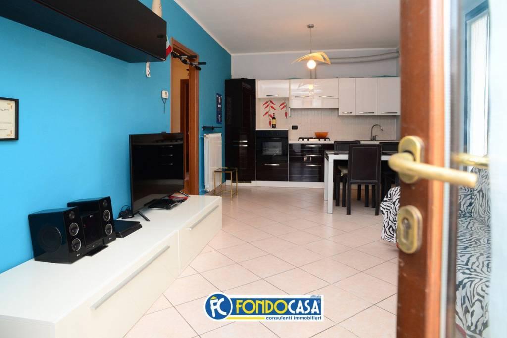 Appartamento in vendita a San Vittore Olona, 2 locali, prezzo € 108.000 | CambioCasa.it