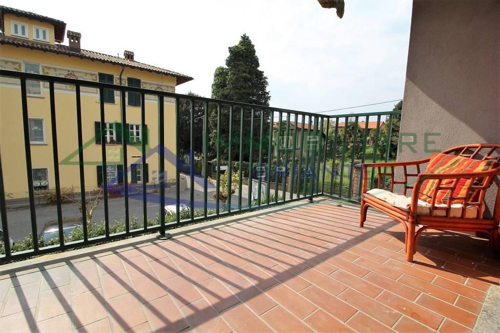 Appartamento in vendita a Somma Lombardo, 3 locali, prezzo € 108.000   CambioCasa.it