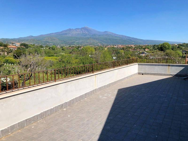 Villa in Vendita a Aci Sant'Antonio Centro:  5 locali, 350 mq  - Foto 1
