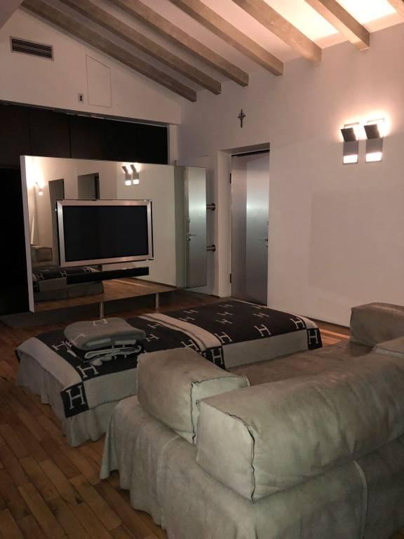 Attico / Mansarda in vendita a Brescia, 2 locali, prezzo € 350.000 | PortaleAgenzieImmobiliari.it