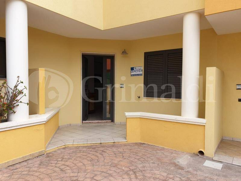 Appartamento in vendita a Alezio, 4 locali, prezzo € 200.000 | PortaleAgenzieImmobiliari.it