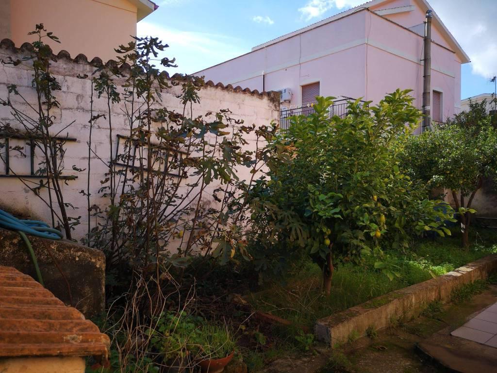 Villa in Vendita a Olbia: 4 locali, 300 mq