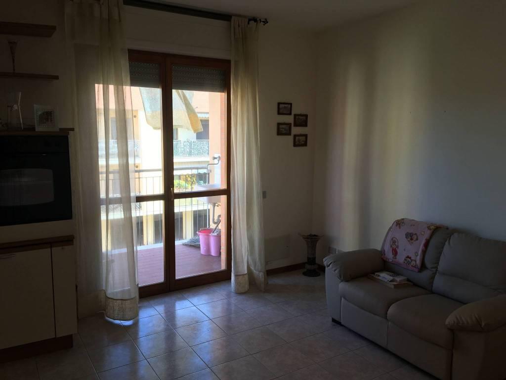 Appartamento in Affitto a Pontedera Semicentro: 2 locali, 50 mq