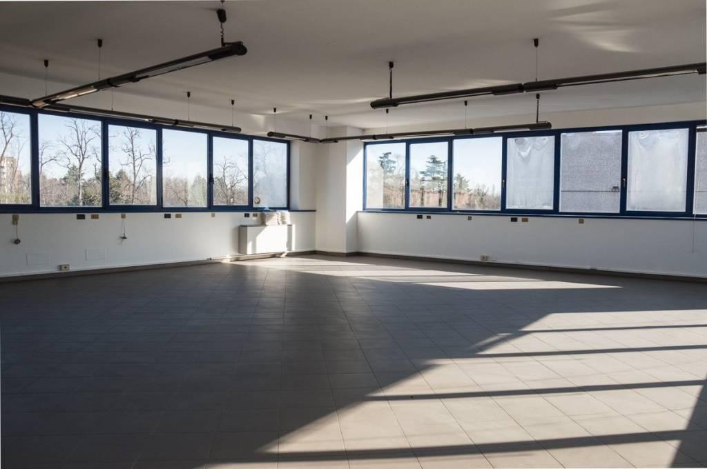 Ufficio / Studio in affitto a Vimodrone, 4 locali, prezzo € 2.000   PortaleAgenzieImmobiliari.it