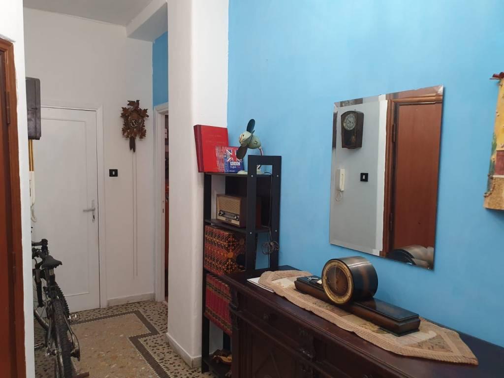 Appartamento in vendita 3 vani 94 mq.  via Giuseppe Mantellini Roma
