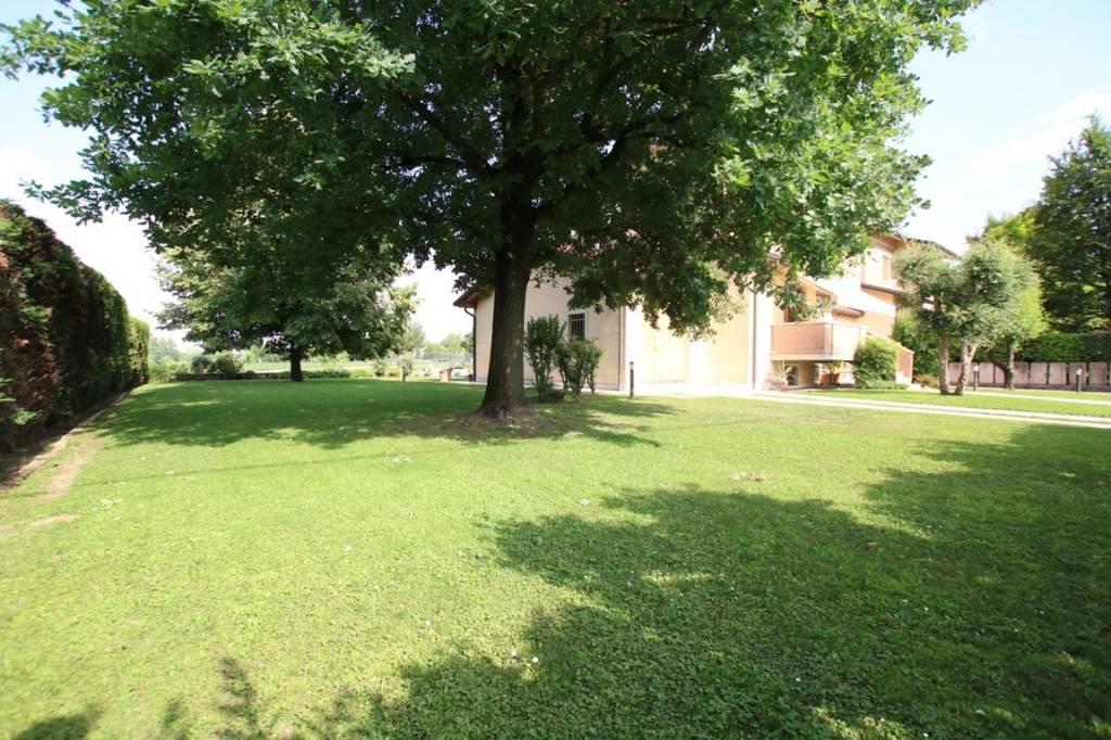 Villa in vendita a Vicenza, 6 locali, prezzo € 455.000   CambioCasa.it