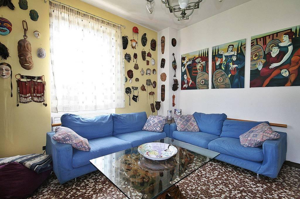 Appartamento in vendita a Erba, 3 locali, prezzo € 155.000 | PortaleAgenzieImmobiliari.it
