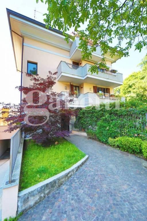 Appartamento in vendita a Castellanza, 3 locali, prezzo € 245.000 | CambioCasa.it