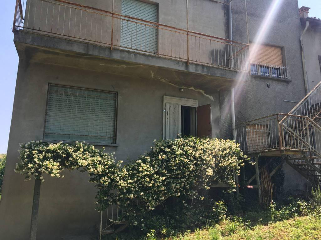 Rustico / Casale in vendita a San Colombano al Lambro, 8 locali, prezzo € 115.000 | PortaleAgenzieImmobiliari.it