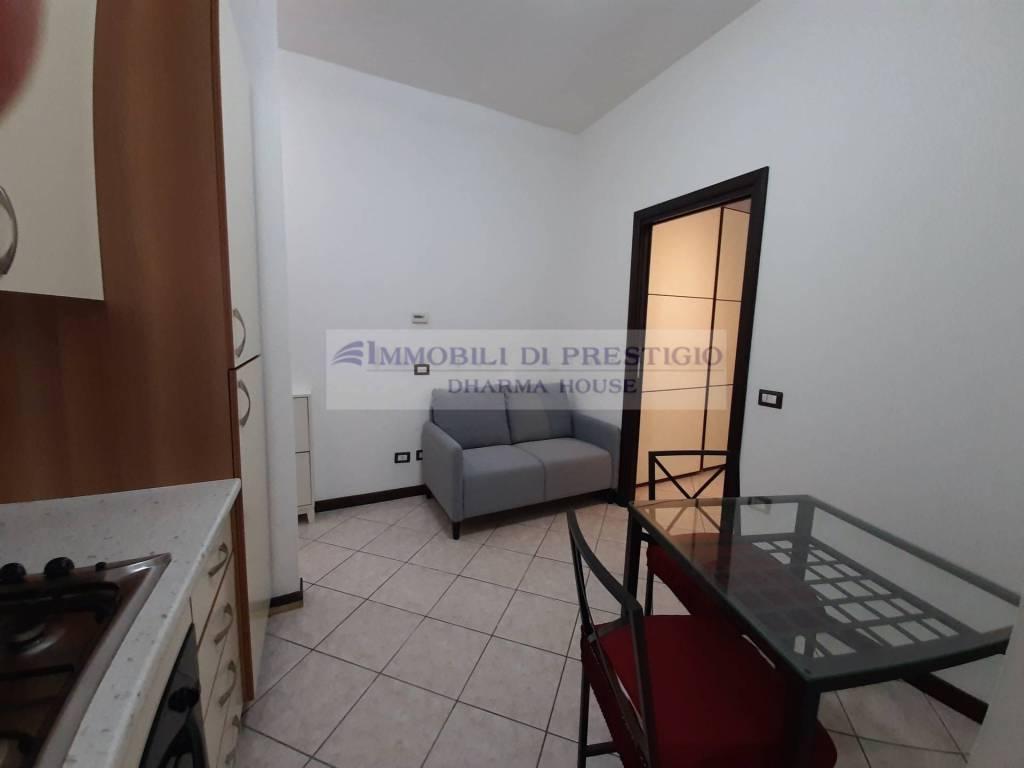 Appartamento in affitto a Pero, 2 locali, prezzo € 600 | CambioCasa.it