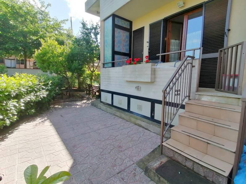 Appartamento in Vendita a Citta' Della Pieve Periferia: 2 locali, 48 mq
