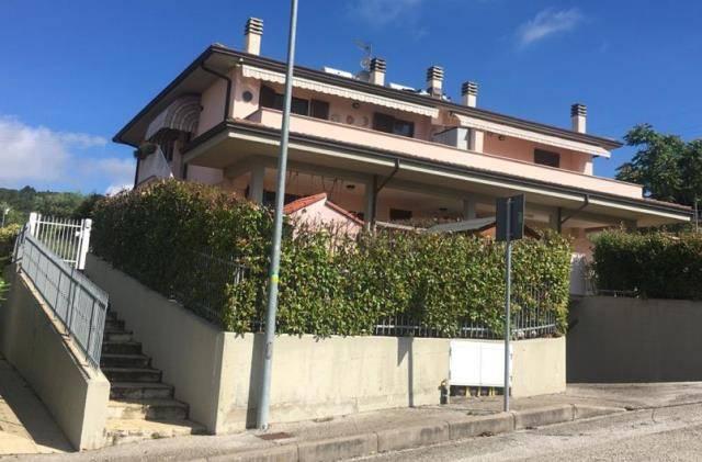 Appartamento in Vendita a Magione: 3 locali, 85 mq