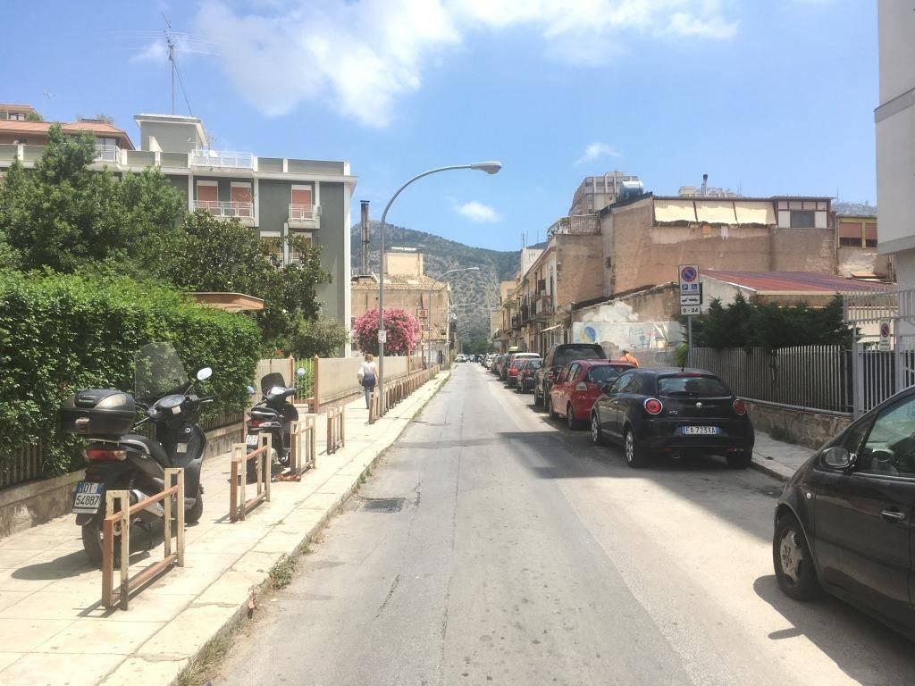 Attico in Affitto a Palermo Semicentro: 1 locali, 50 mq