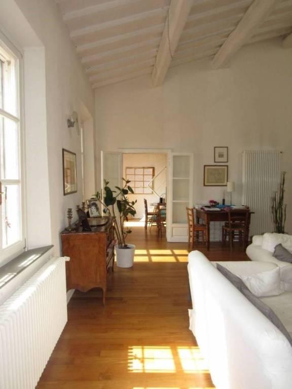 Appartamento in Affitto a Pisa Centro: 5 locali, 180 mq