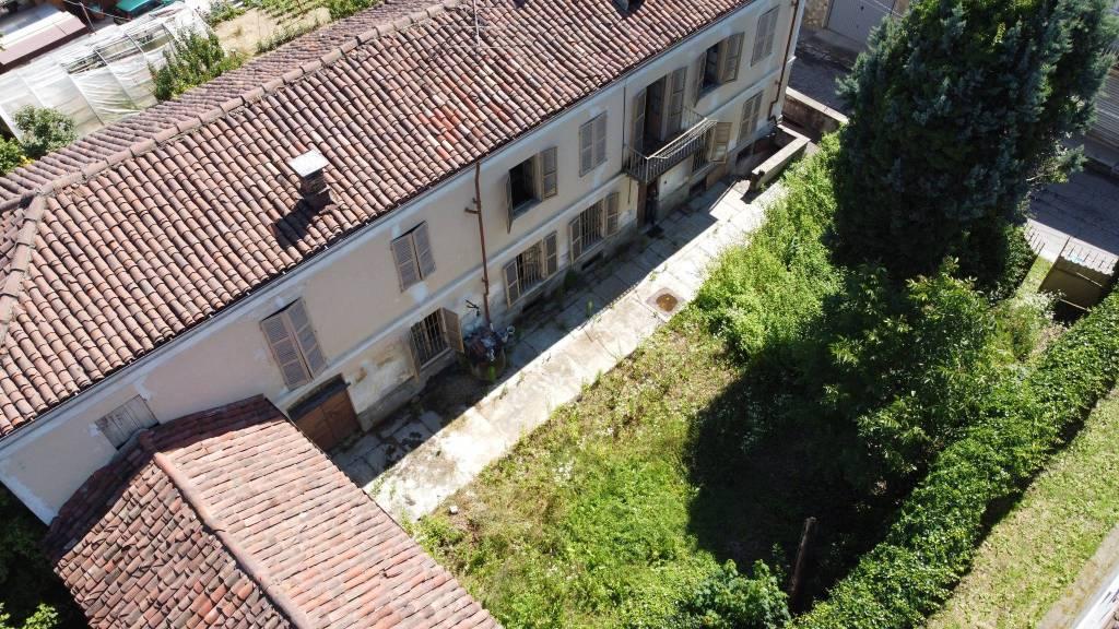Rustico / Casale in vendita a Portacomaro, 6 locali, prezzo € 105.000 | PortaleAgenzieImmobiliari.it