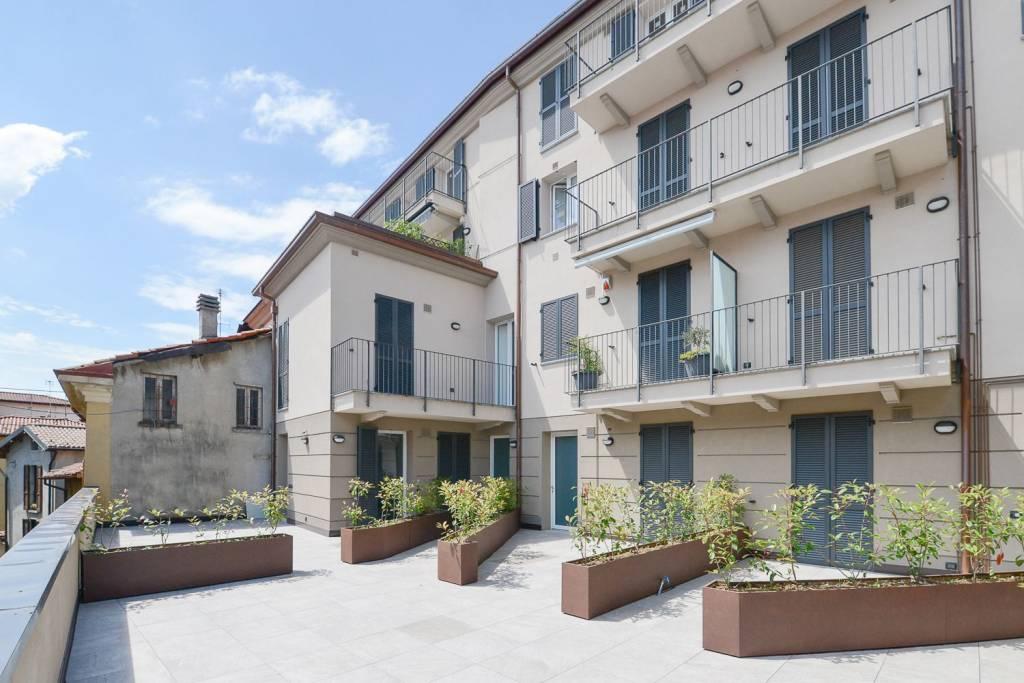 Appartamento in vendita a Albese con Cassano, 4 locali, prezzo € 220.000 | CambioCasa.it