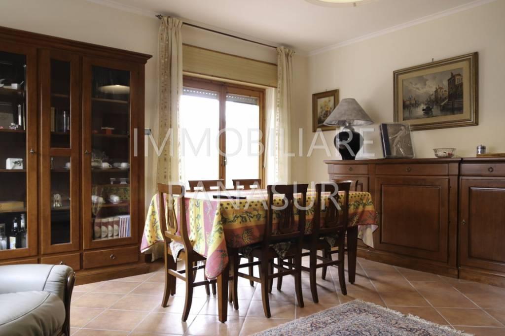 Appartamento in vendita a Ariccia, 4 locali, prezzo € 245.000 | PortaleAgenzieImmobiliari.it