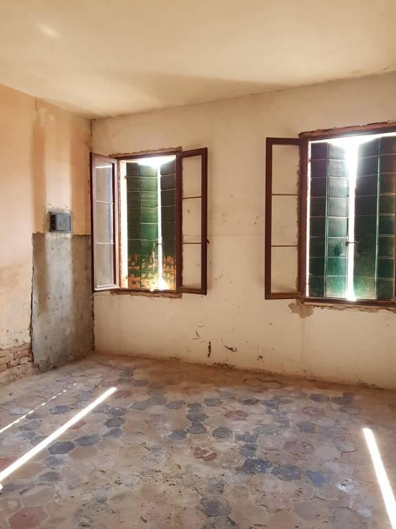 Appartamento in vendita a Venezia, 2 locali, zona Zona: 9 . Murano, prezzo € 120.000   CambioCasa.it