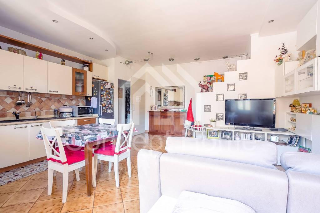 Appartamento in vendita a Ariccia, 4 locali, prezzo € 198.000 | PortaleAgenzieImmobiliari.it