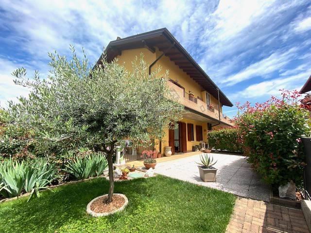 Appartamento in vendita a Castenedolo, 3 locali, prezzo € 195.000 | CambioCasa.it