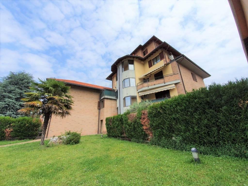 Appartamento in vendita a Busto Arsizio, 5 locali, prezzo € 219.000   CambioCasa.it