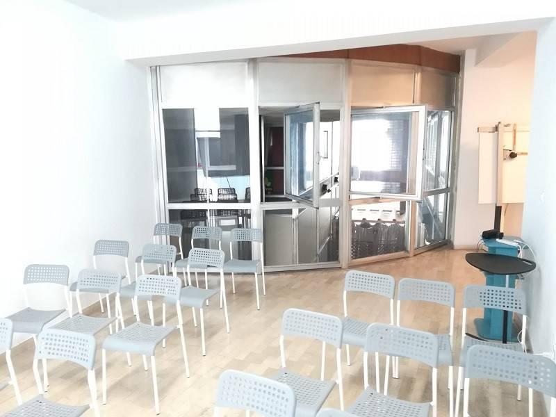 Ufficio / Studio in affitto a Cremona, 2 locali, prezzo € 450   CambioCasa.it